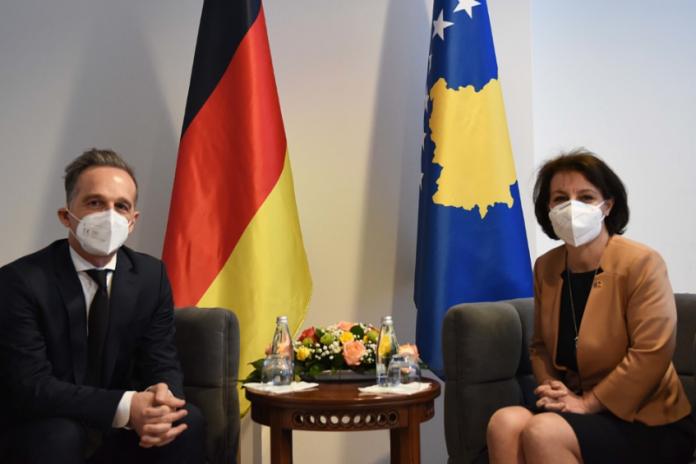 """""""400-mije-shqiptare-te-integruar-ne-shoqerine-gjermane"""",-detaje-nga-biseda-e-gervalles-me-homologun-gjerman"""