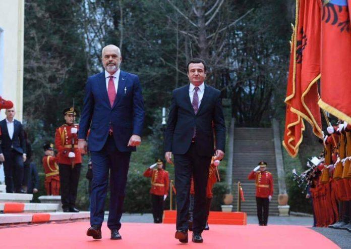 nje-reagim-nga-tirana:-aq-larg-eshte-bashkimi-kombetar,-sa-kosova-ende-s'e-ka-uruar-shqiperine