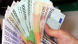 4-miliarde-e-340-milione-euro-depozitat-ne-bankat-e-kosoves