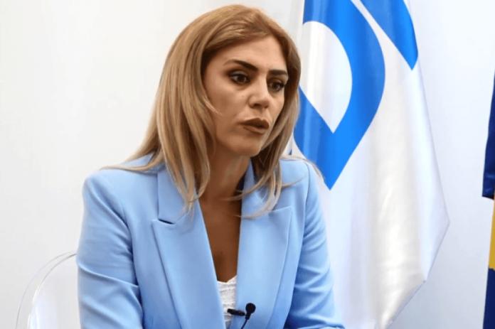 deputetja-e-pdk-se-kritikon-fushaten-e-vv-se-ne-shqiperi,-thote-se-po-percahen-marredheniet-vellazerore