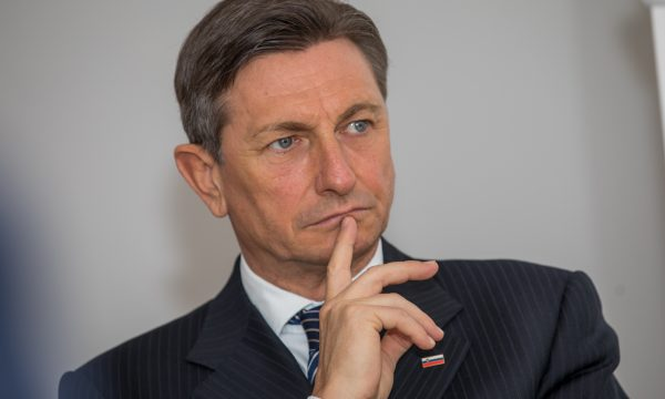 presidenti-i-sllovenise:-kundershtoj-fuqimisht-ndryshimin-e-kufijve-dhe-idene-e-shperberjes-perfundimtare-te-jugosllavise