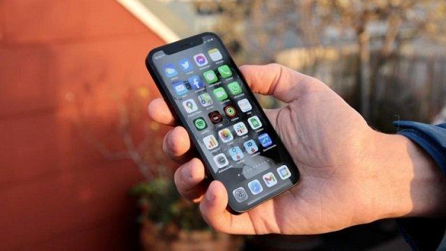 apple-'varros'-iphone-mini