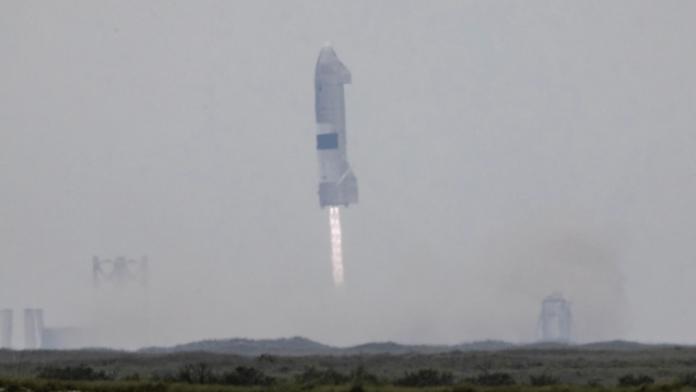 """spacex-ka-leshuar-dhe-ulur-me-sukses-raketen-e-saj-""""starship-serial-number-15"""""""