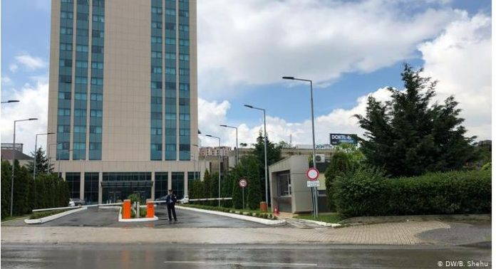 a-eshte-kosova-nen-trysni-per-themelimin-e-asociacionit-te-komunave-serbe?