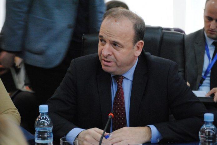 recica:-qeveria-kurti-ka-anuluar-aplikimin-per-anetaresimin-e-kosoves-ne-interpol,-serish-mashtroi-qytetaret