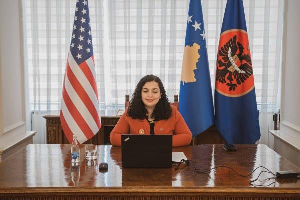 osmani-bisedon-me-drejtuesit-agjencise-qeveritare-amerikane,-mcc