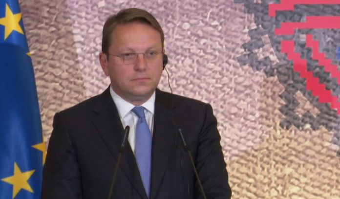 """""""po-hyjme-ne-nje-muaj-kritik"""",-varhelyi-jep-lajmin:-plan-investimesh-30-mld-euro-per-rajonin"""