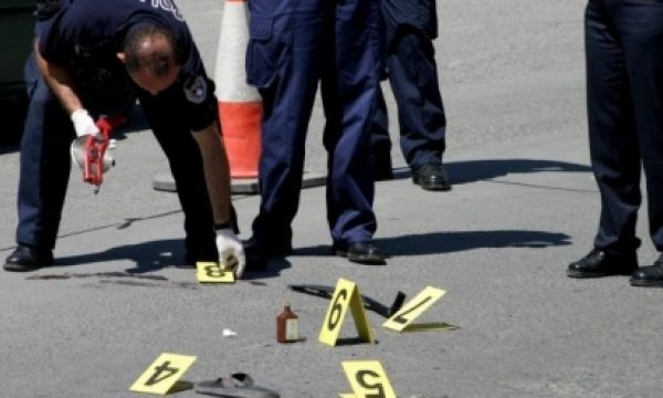 nje-kembesore-goditet-nga-vetura-ne-rrugen-'agim-ramadani'-ne-prishtine
