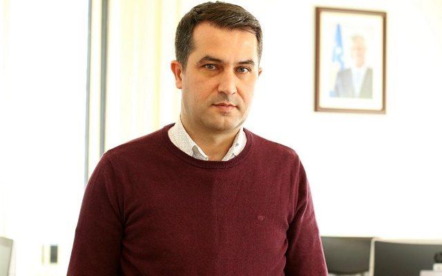 ish-keshilltari-i-thacit:-qeveria-kurti-po-i-ndihmon-serbise-per-ta-denuar-uck-ne
