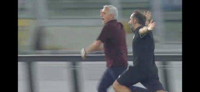 mourinho-fiton-ndeshjen-e-tij-te-1000-te-si-trajner,-me-romen-(video)