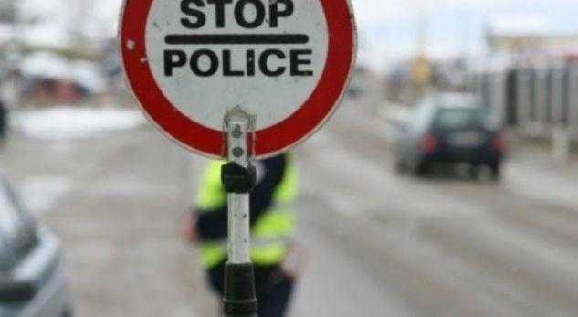 policet-civil-ne-kosove-denojne-shoferet-qe-perdorin-telefonin-gjate-vozitjes